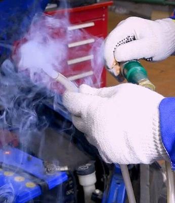 Зачем автомобилю дымогенератор